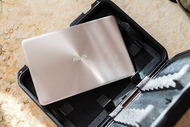Asus ZenBook UX510 (14)