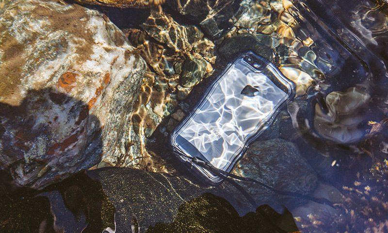 Catalyst iPhone SE (3)