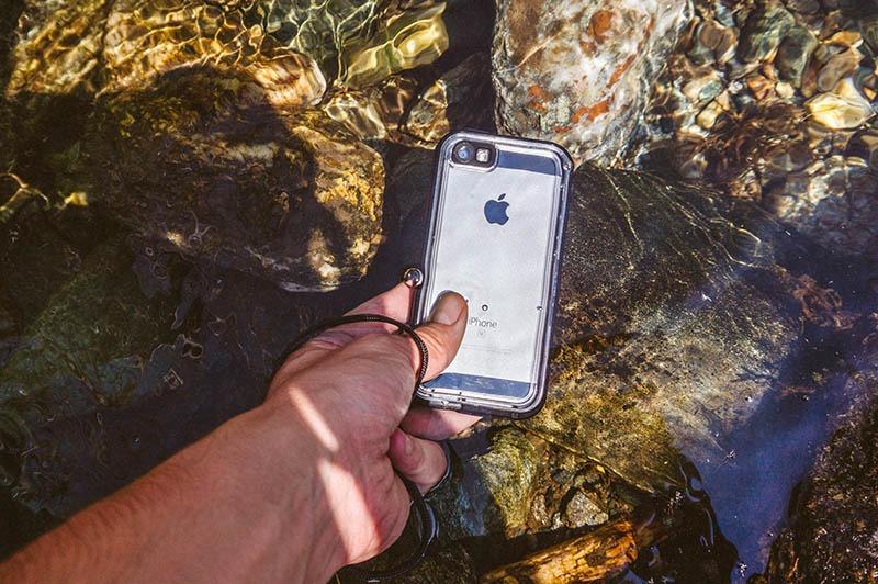 Catalyst iPhone SE (5)