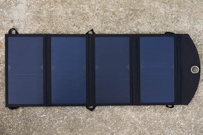 Xtorm SolarBooster 24W (11)